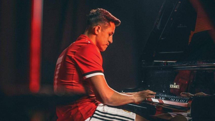 أليكسيس سانشيز عازف بيانو. (من المصدر)