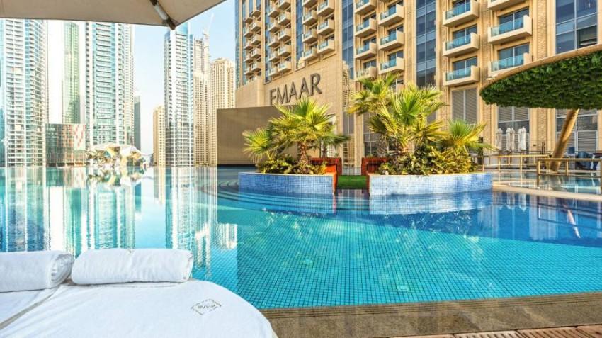 حمام السباحة في Address Dubai Marina