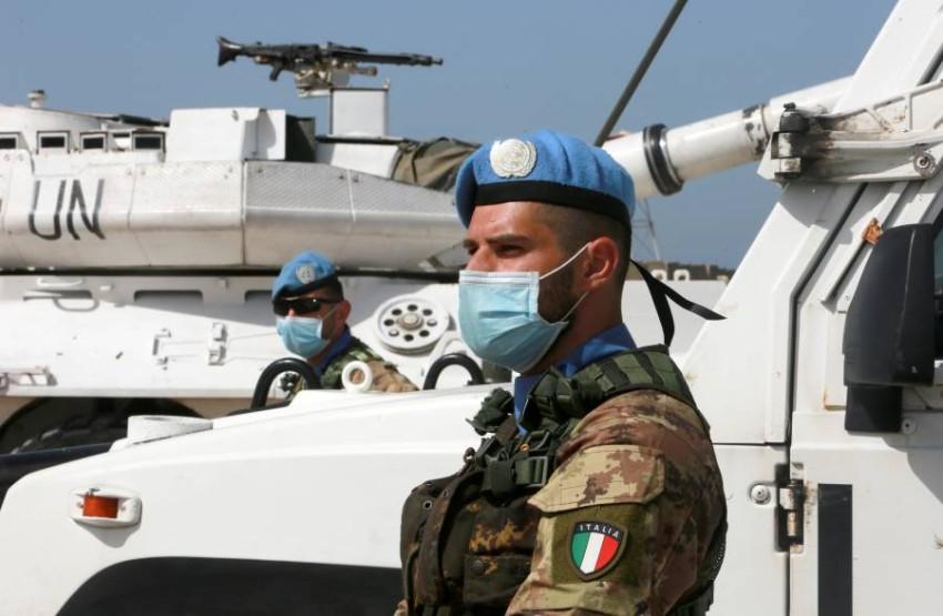 المحادثات استؤنفت في نقطة تابعة للأمم المتحدة على طول الحدود - رويترز.