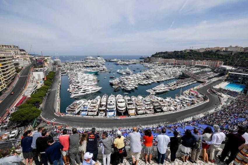 من نسخة سابقة في جائزة موناكو الفورمولا1. (رويترز)