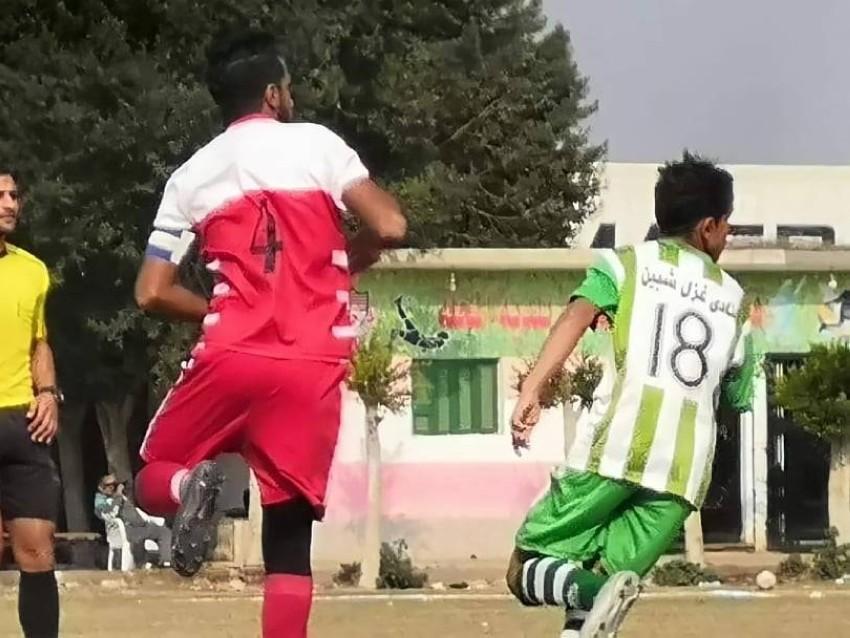 يلعب محمد صلاح في صفوف نادي غزل شبين الكوم بمحافظة المنوفية