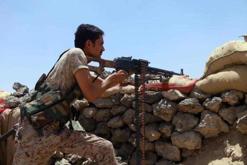 قوات الجيش اليمني خلال القتال مع الحوثيين في مأرب. (إي بي أيه)