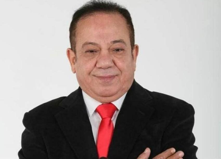 محمد محمود.
