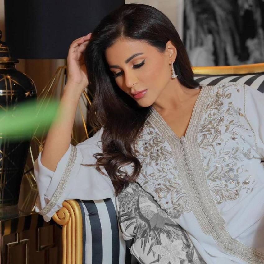 العباية البيضاء من مهيرة عبدالعزيز