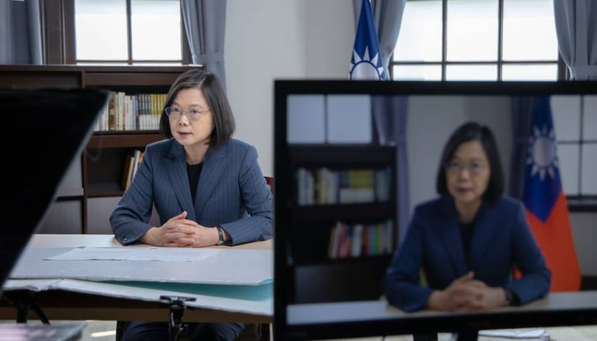سجلت تايوان أكثر من 1200 حالة إصابة و12 حالة وفاة بالفيروس - أ ف ب.