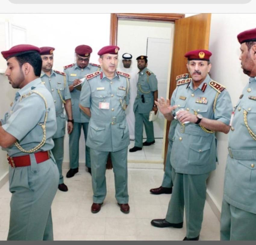 اثناء زيارة القائد العام لشرطة الفجيرة لشر طة المنافذ