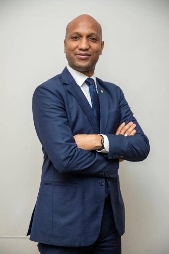 «غابرييل كيرتس»، وزير الاستثمار والشراكات بين القطاعين العام والخاص لدى جمهورية غينيا والمفوض العام لغينيا في إكسبو 2020 دبي
