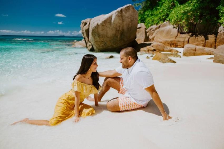 شهر عسل في جزيرة ماهي