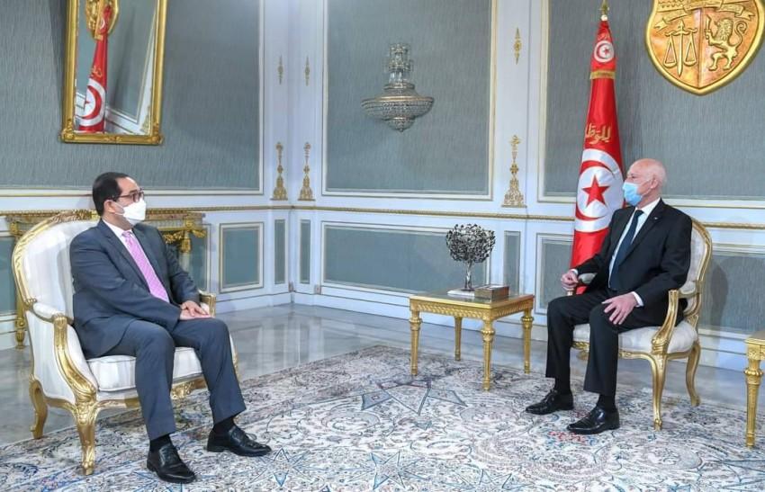 الرئيس التونسي يستقبل عماد بوخريص. (الرئاسة)