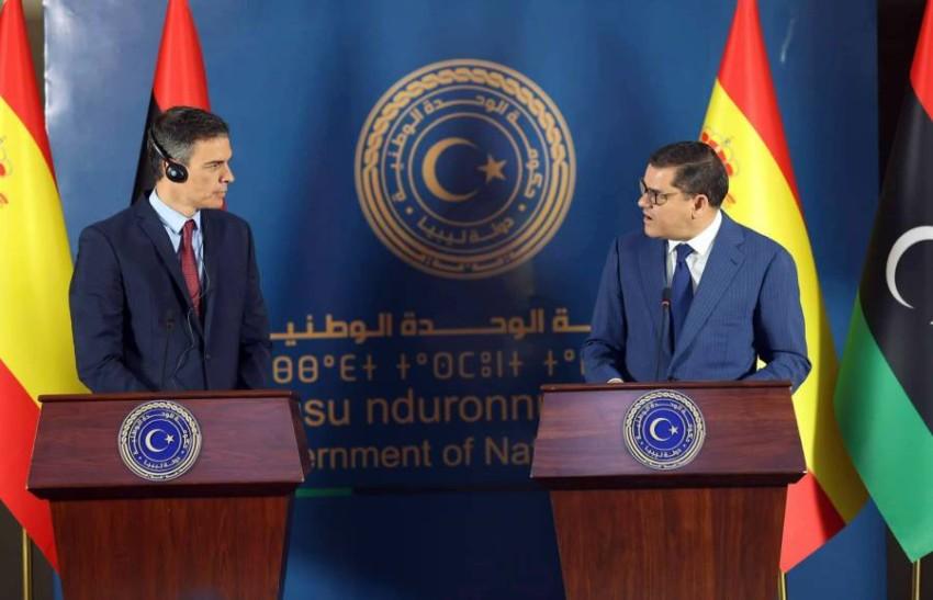 نشاط دبلوماسي لرئيس الوزراء الليبي لحشد الدعم لحكومته.(إ ب أ)