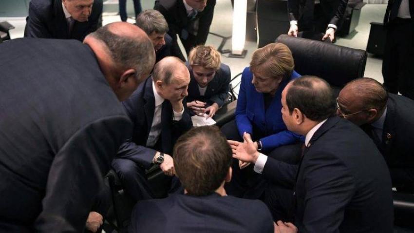 ميركل في مشاورات مع القادة المشاركين في مؤتمر برلين 1.(إ ب أ)