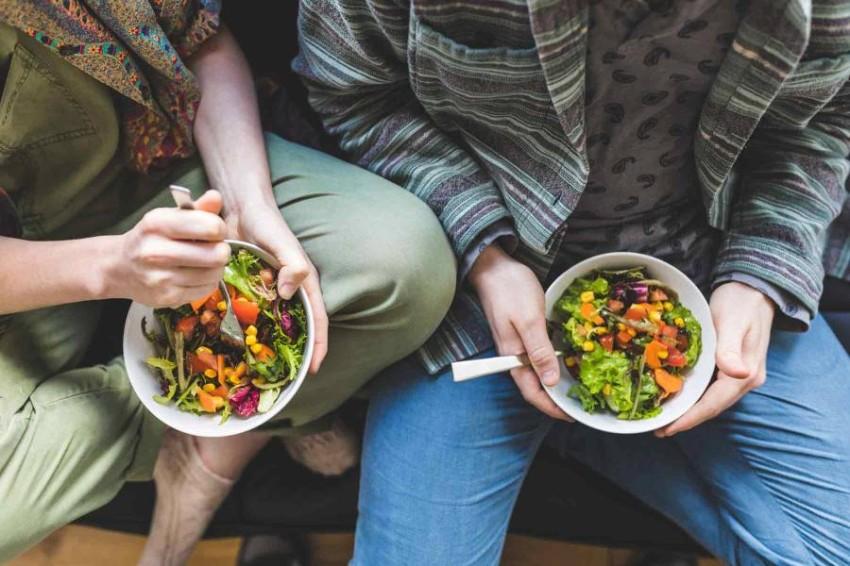 تناول كميات كبيرة من الطعام الصحي