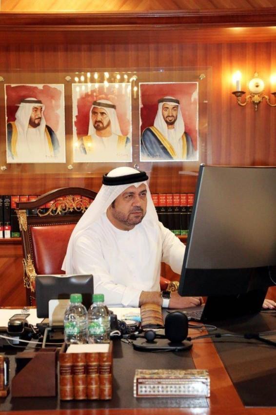 الدكتور عبد الله محمد الريسي يتابع فعاليات الملتقى