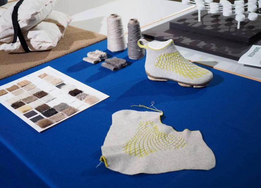 الحذاء مصنع من مواد مستدامة