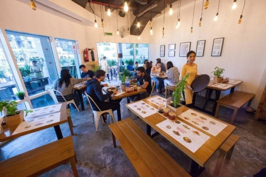 مطعم Vietnamese Foodies فرع بحيرة الجميرة