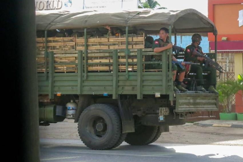 دورية عسكرية في شرق ميانمار. (أ ب)