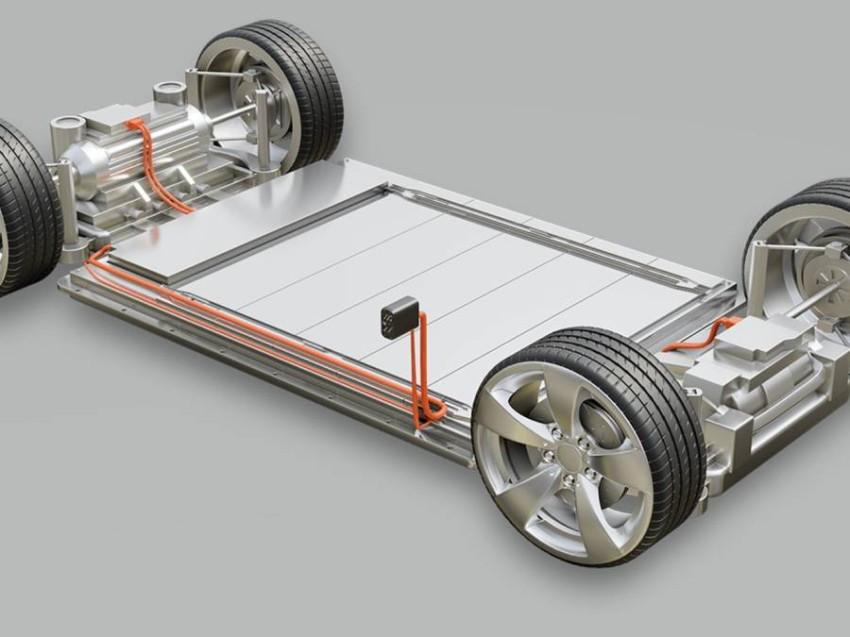 تحويل أي مركبة احتراق إلى كهربائية.