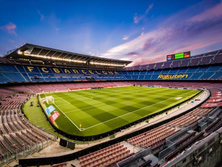 ملعب كامب نو معقل برشلونة. (غيتي)