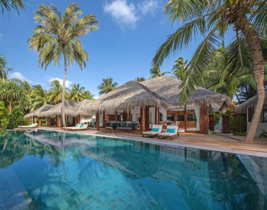 Anantara Kihavah - Guest Room Three Bedroom Beach Pool Residence Exterior View