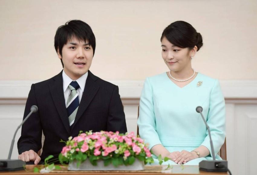الأميرة اليابانية ماكو وخطيبها كي كومورو