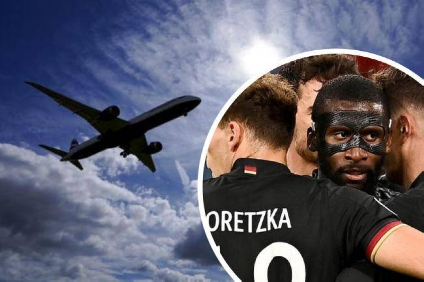 هبوط مفاجئ لطائرة منتخب ألمانيا. (AP)